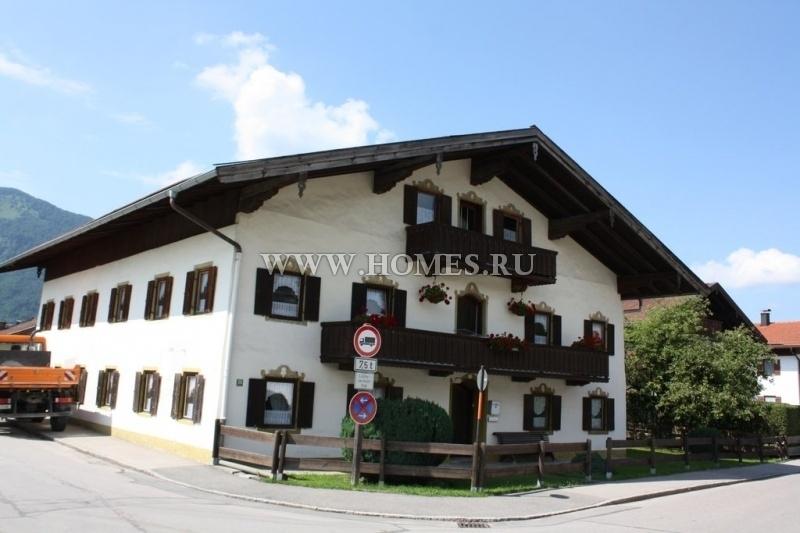Симпатичное шале в баварских Альпах