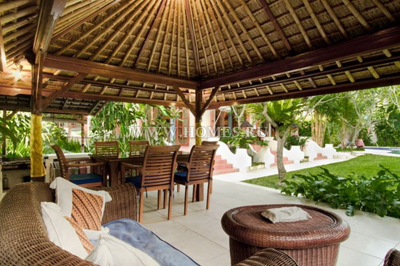 Просторная вилла на Бали